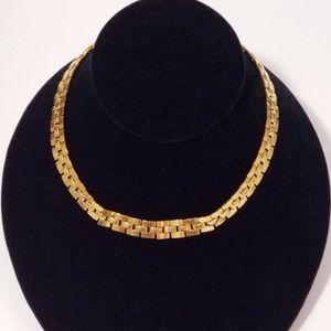 Vintage Gold Monet chocker necklace